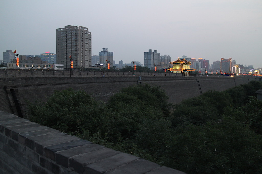 150713 Xian bymur kveld
