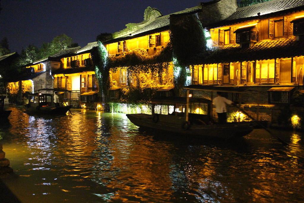 150726 Wuzhen west ved elven
