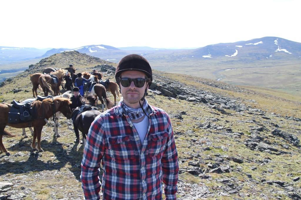 Martin og hestene fra Kvistli på topptur