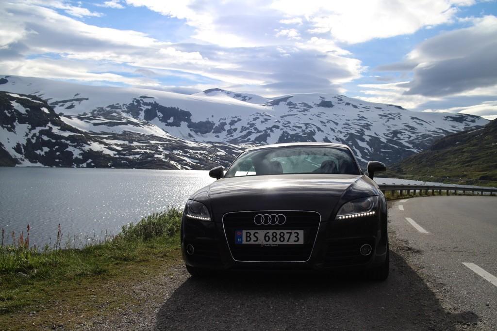150816 Bil og snø